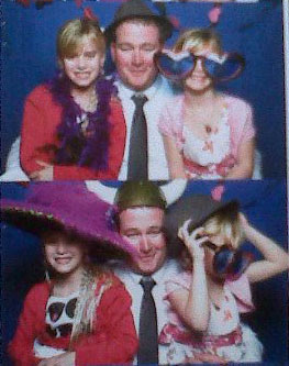 Daddy and girls photobooth